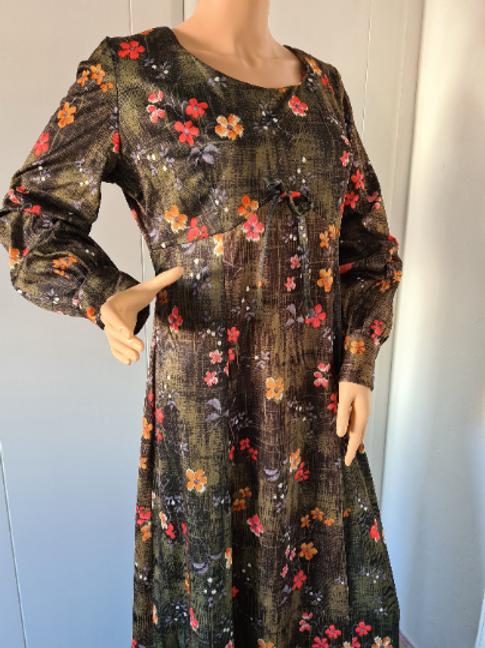 Vintage Green Floral Long Sleeved Empire Line Scoop Neck Maxi Dress UK 14