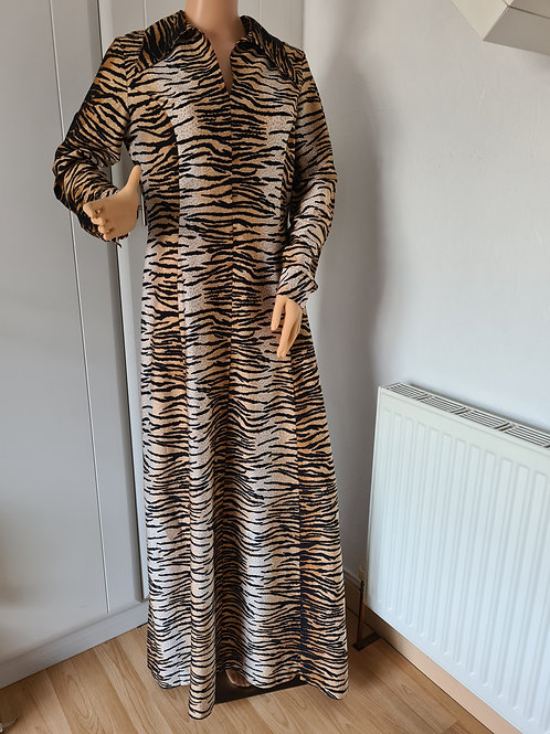 Vintage 70s Fit & Flare Tiger Print Maxi Dress sz16/18