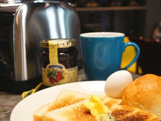 早餐上線了喔  Breakfast
