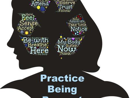 Wie uns Achtsamkeit bei der Stressbewältigung hilft