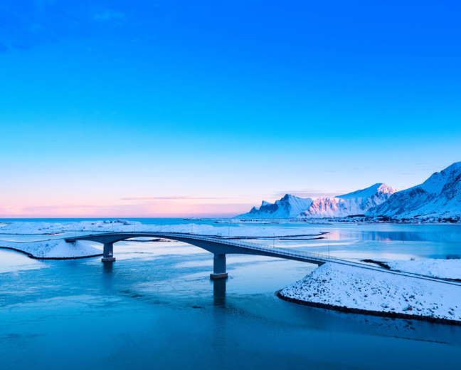 Fredvang bridge.jpg