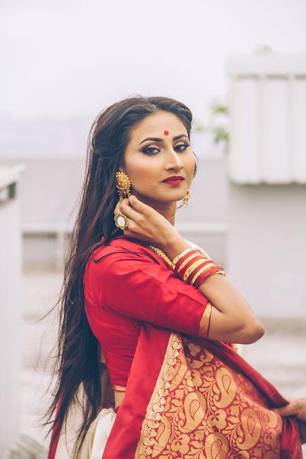photo-of-women-in-red-saree-dress-posing