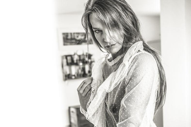 Seyme Boudoir portrait homeshooting sensual 41