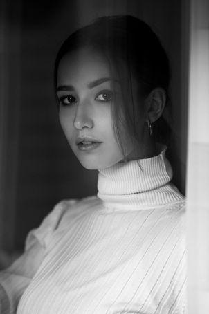 Seyme Boudoir portrait homeshooting sensual 3