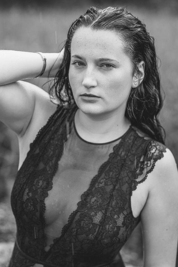Seyme Boudoir portrait homeshooting sensual 7