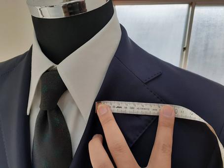 「ネクタイの大剣幅」は、「スーツのラペル幅」と合わせるのがコツです!【選び方】【中級者向け】