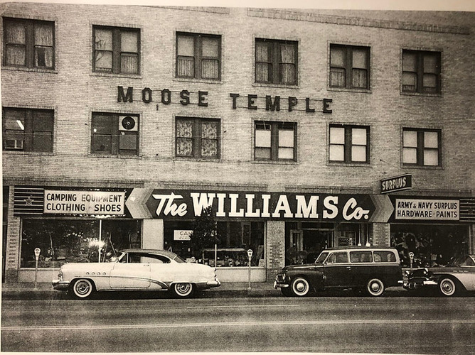 Will Co Pic cars-Fullerton-History-Room_