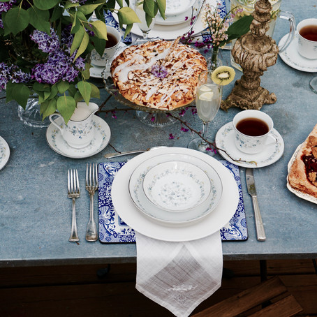 A Mother's Day Tea Tablescape