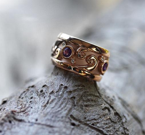 MaroeskaMetz_Jewels_Ring_Muze_Amethyst_0