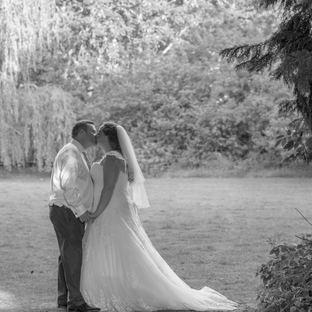 Kent wedding photographer the plough inn