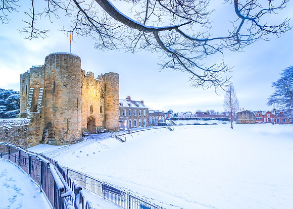 10 'Tonbridge Snow Scenes' Christmas cards