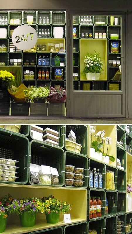 Exhibidores de mercancía de contenedores.