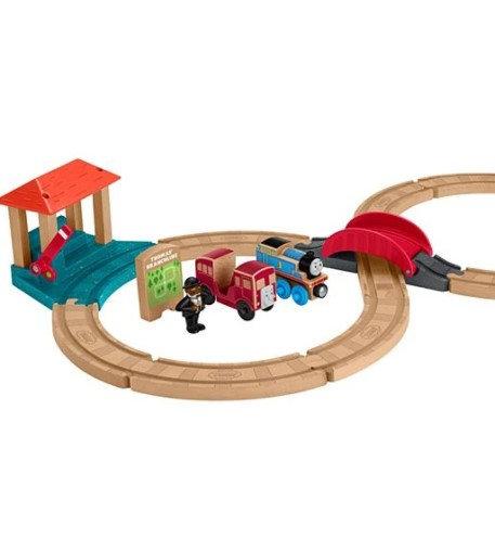 Thomas & Friends Wooden Figure 8 Racing Set
