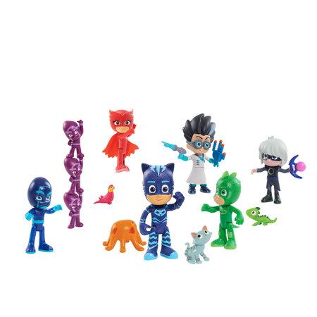PJ Masks Deluxe Genuine 16-Piece Figure Set