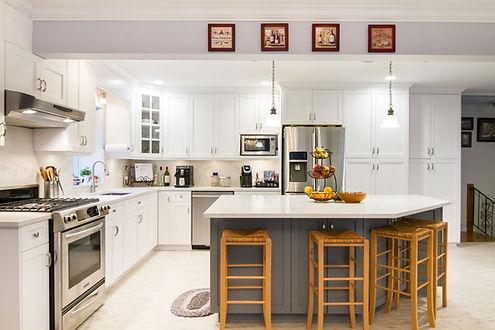 PortMoody-Kitchen.jpg