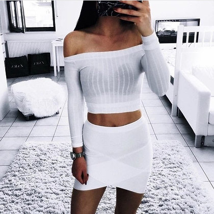 WHITE OFF SHOULDER CROPPED LONG SLEEVE T SHIRT