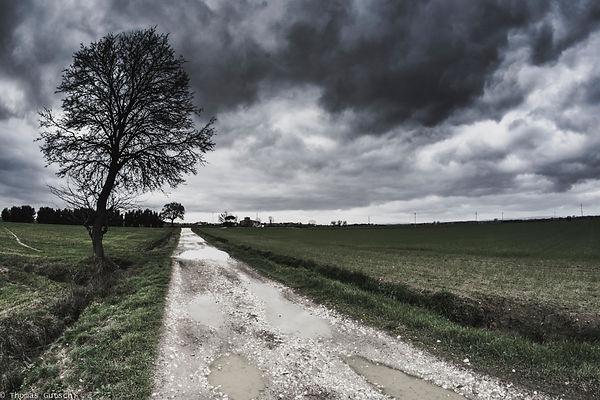 Wolken über dem Chinanatal Toskana
