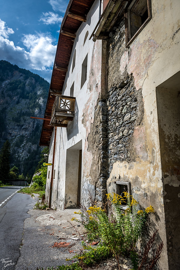 TG8_1819.Grandhotel Hochfinstermünz Grand Hotels in den Alpen - magische Orte, in denen die Zeit stehen geblieben ist. Doch viele dieser glorreichen Kulturgüter verschwinden.jpg