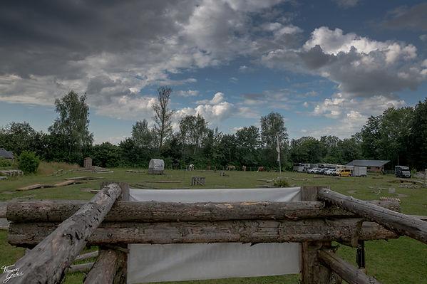 TG8_0042.Schnyder Ranch natural horse trail ravensburg