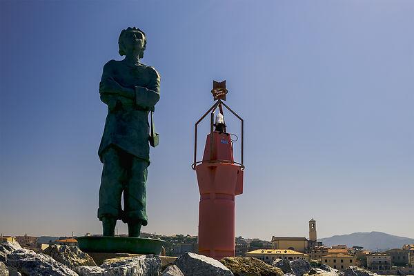 hafen_statue_leuchtfeuer-1049.jpg