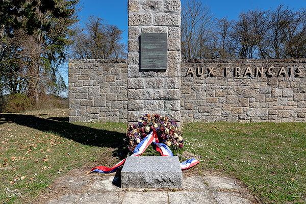 Französisches Denkmal-7215.jpg