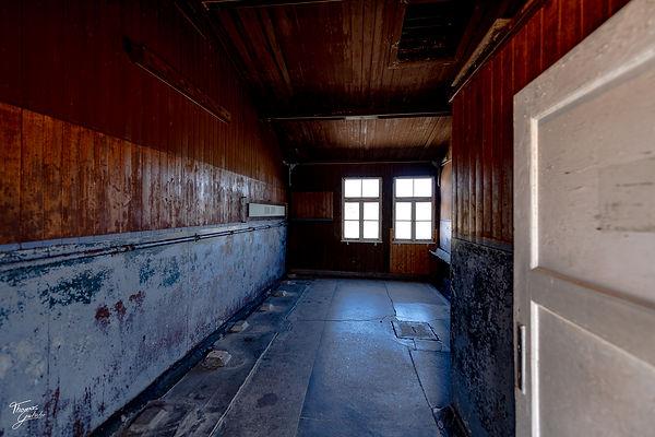 latrine-Impressions barracks Concentration Camp