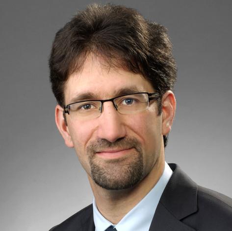 Dr. Raoul Haschke