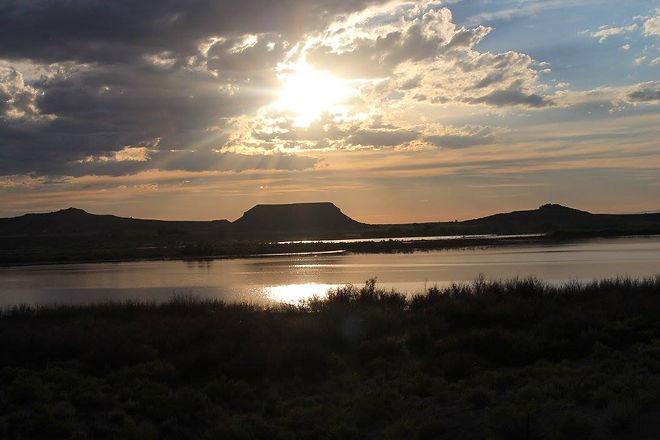 Shoshoni Lake Picture.jpg