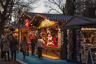 christmas-market-1864241_1920.jpg