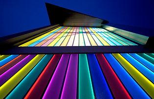 Dartford Hub Illuminated U-profile Glass