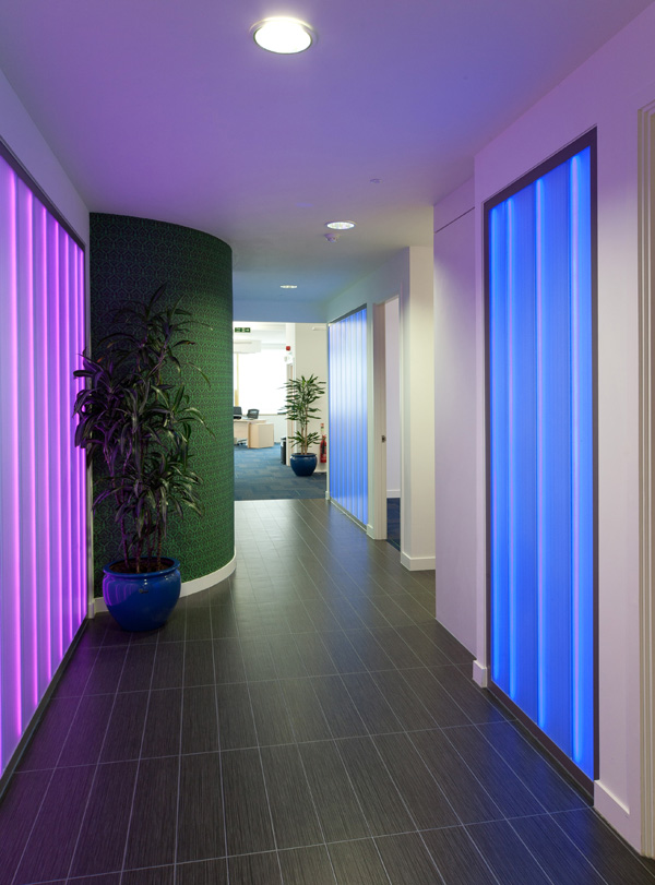 Colour Changing Glass Screen Iomart Lumaglass5