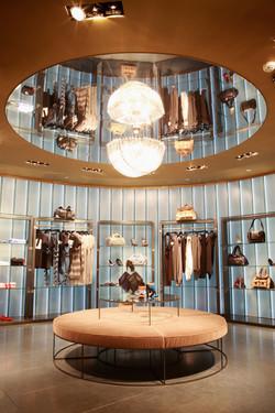Hervia Bazaar Glass Shop Interior Lumaglass