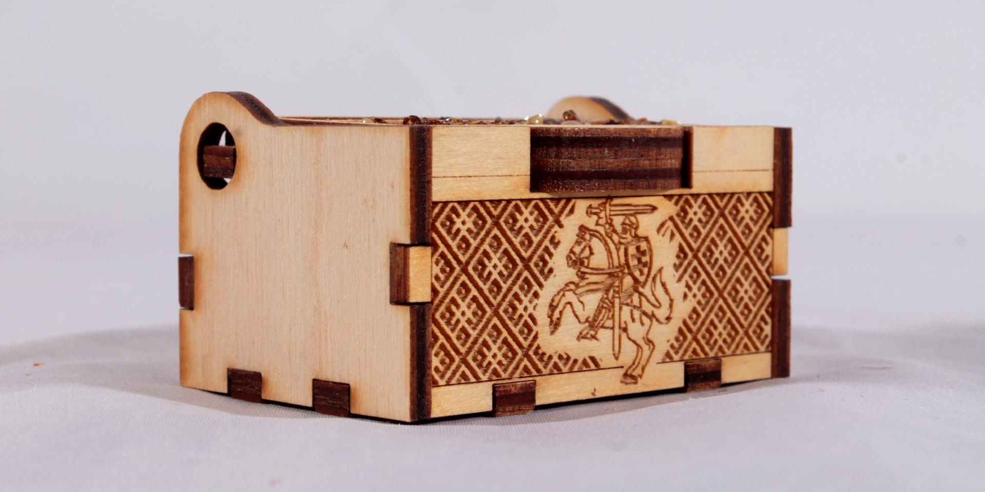 dėžutė papuošalams ar suvenyrui