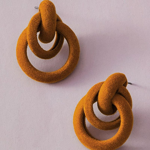 Queen collection- Textured Borromean inspired  earring