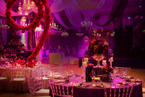 Dinner table decors for wedding and even
