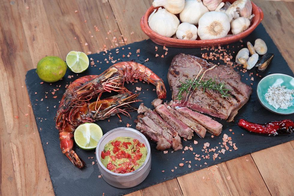 Catering zu Hause Fisch Fleisch Grillen