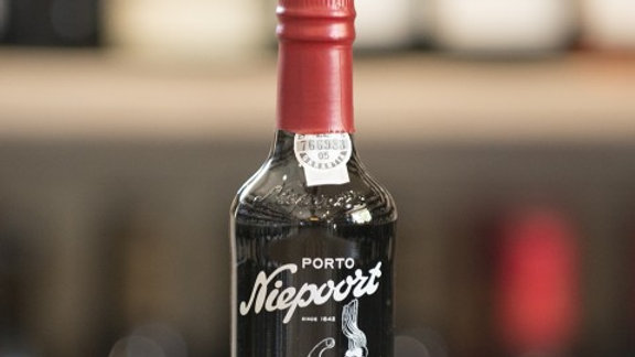 Niepoort 'Drink Me' Ruby Port 375ml Half Bottle
