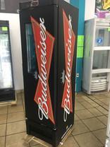 logo Budweiser fundo preto