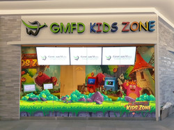 Kids zone with PS4 and Touch2play