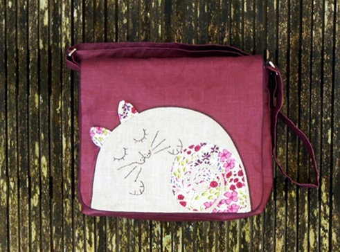 Sac besace XL lin enduit violet Lovely Cat