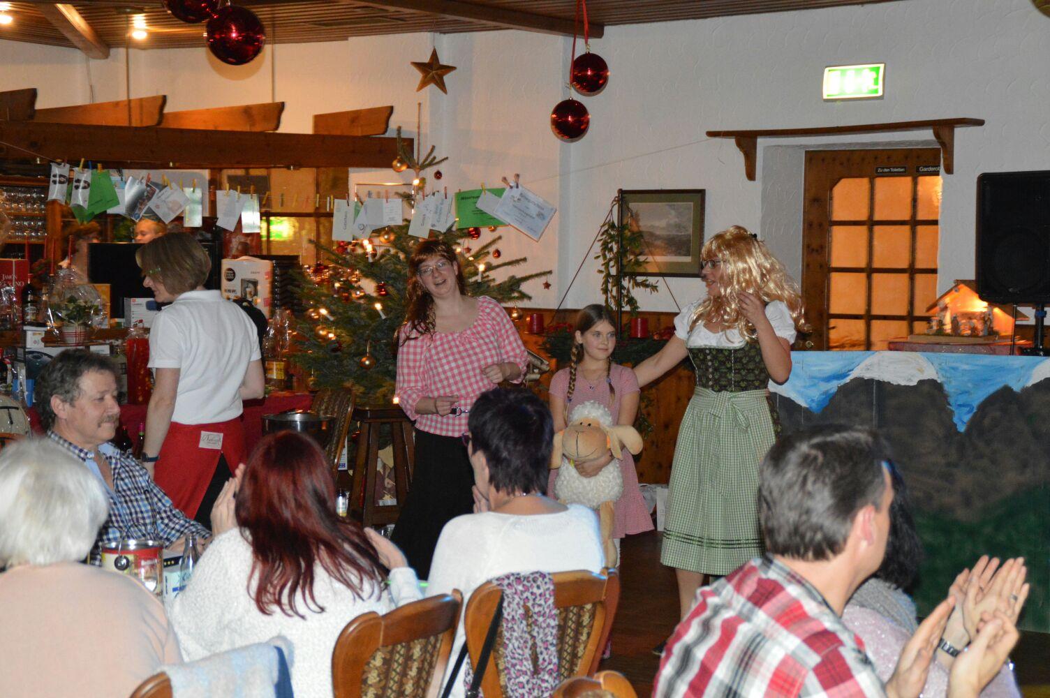 Weihnachtsfeier 2016 - Gitti & Erika