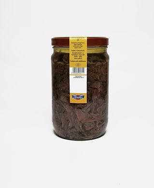 pezzetti di alici olio di semi barattolo