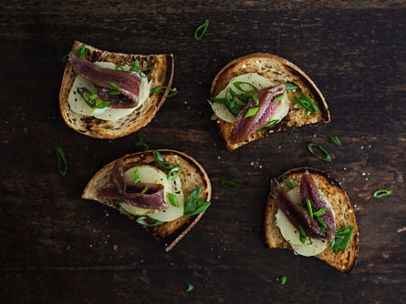 Toasted%20Bread%20with%20Anchovies%20and