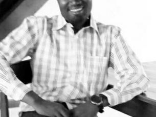 Wilson J. Rando, Projektmanager im AOHM/ Kinderdorf Mbigili,sagt von sich, er ist angekommen,doch la