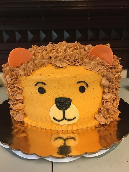 3D lion cake.jpg