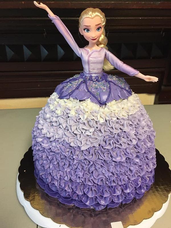 3D Elsa cake purple 2020.jpg