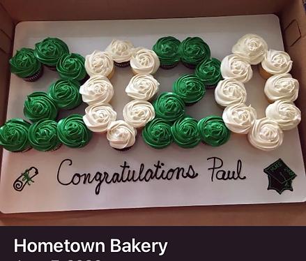 3-cupcake cake.png