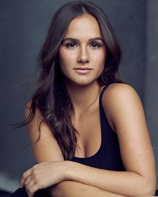 Alexis McKeown Portrait-HS_0593-WEB.jpg