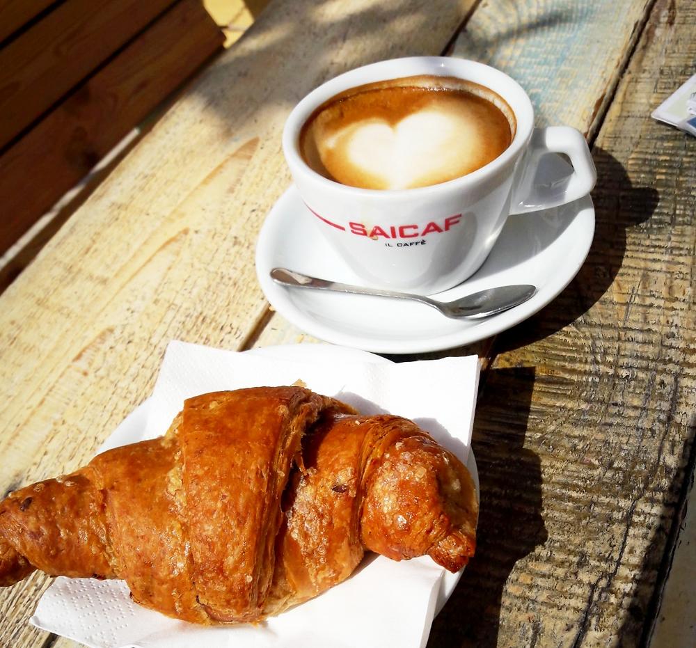 Coffee and cornetto at Beija Flor Café cafe