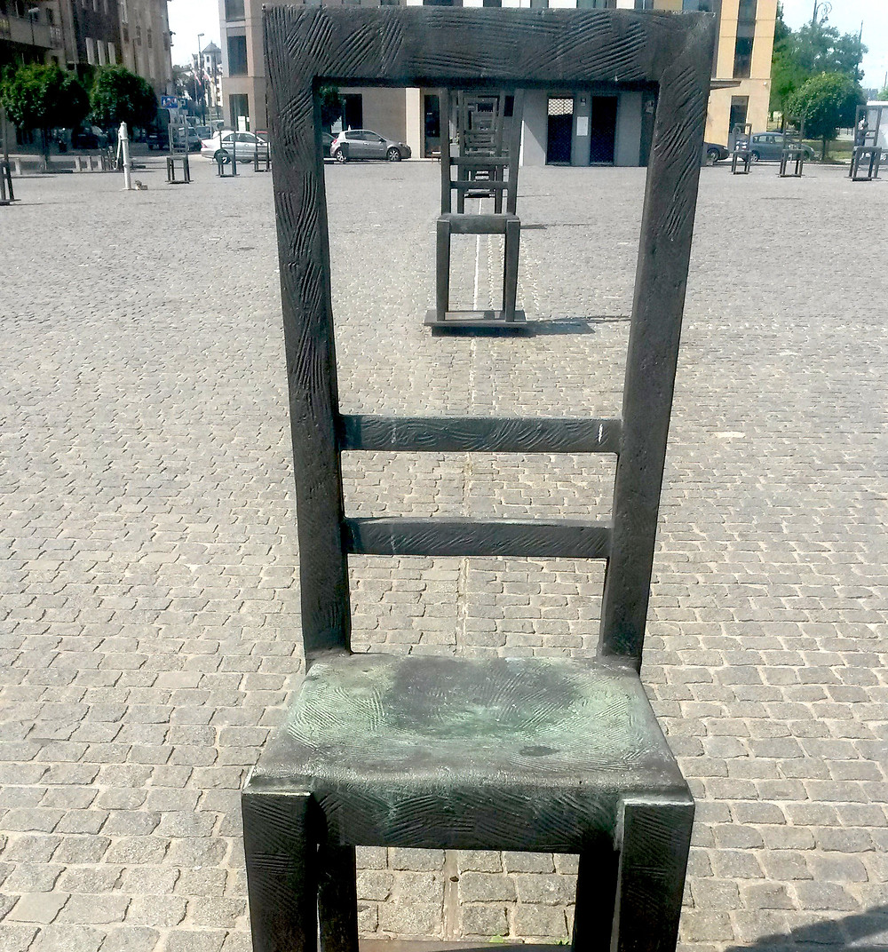 chair memorial Jewish district of Kazimiertz in krakow